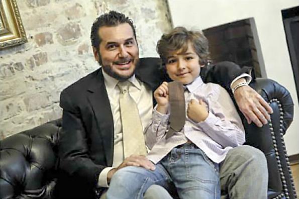 Papás con hijos únicos por revista Cromos